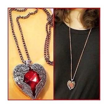 Collar Corazón Con Alas Rojo