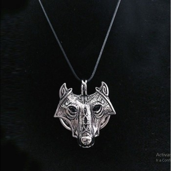 Collar lobo vikingo