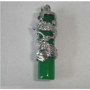 Collar de jade con dragón