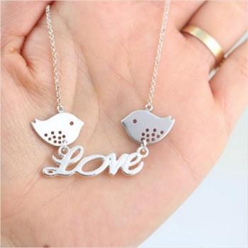 Collar LOVE + 2 pájaros