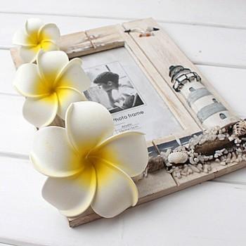 Clip pelo con flores hawaianas